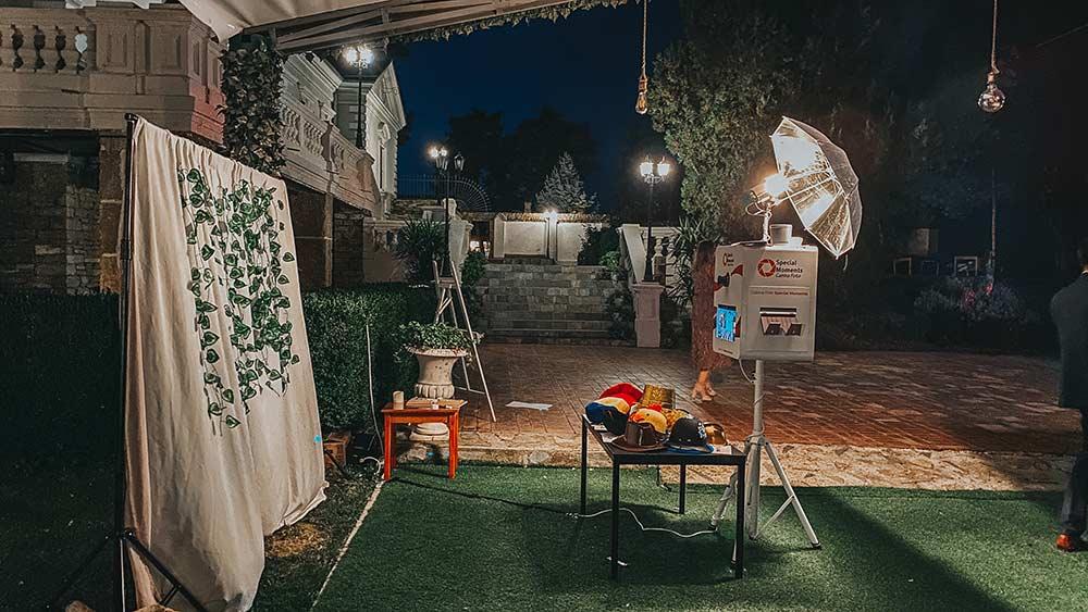 Photo Booth Bacau - Photo Booth Moinesti, Onesti, Comanesti, Darmanesti - Cabina Foto de inchiriat pentru nunta, botez evenimente - PRET